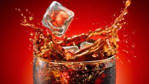 Coke-With-Ice-Glass-Desktop-Wallpaper